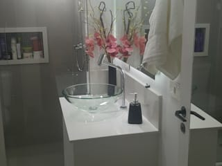 | Antes&Depois | Banheiro Social por AKA Studio