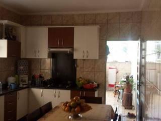 | Antes&Depois | Cozinha Moderna por AKA Studio