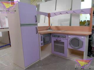 Hermosa cocinita lavanda de camas y literas infantiles kids world Moderno Derivados de madera Transparente