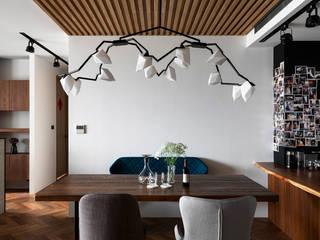 Dining room by 邑田空間設計, Classic
