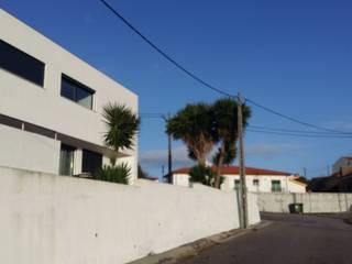 Carvalhal - Alhadas: Casas  por Escala Absoluta