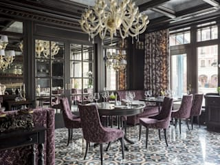 Classic Wall Lights and Venetian Chandelier for Luxury Restaurant in Moscow クラシカルなレストラン の MULTIFORME® lighting クラシック