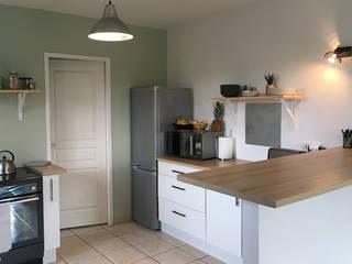 Aménagement d'une cuisine dans une maison en location par Dame Cafoutch Scandinave