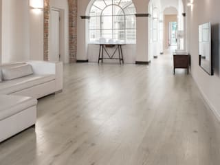 Bleached Quercus wood floor Salones eclécticos de Cadorin Group Srl - Top Quality Wood Flooring Ecléctico