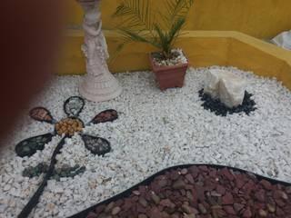Pequeño sector Zen: Jardines zen de estilo  por Deck and Garden