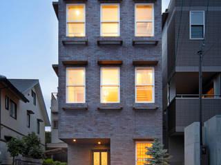 一級建築士事務所アトリエm Scandinavian walls & floors Bricks Brown