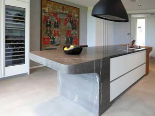 Antoine Chatiliez Modern Kitchen