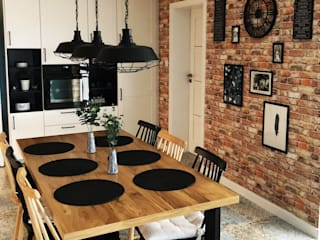 Rustic style dining room by Kata Design Rustic