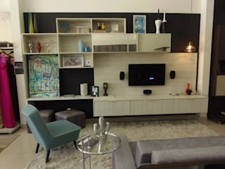 Home Salas multimídia modernas por Erlon Tessari Arquitetura e Design de Interiores Moderno