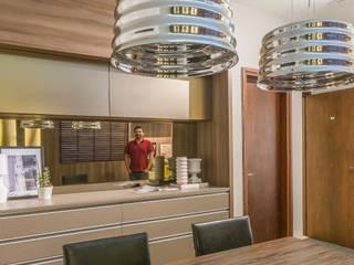 Sala Comercial Escritórios modernos por Erlon Tessari Arquitetura e Design de Interiores Moderno