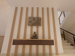 Residence No.1 at Panache, chennai:  Corridor & hallway by Synergy Architecture and Interiors