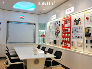 Likha Interior Locaux commerciaux & Magasin modernes Contreplaqué Blanc