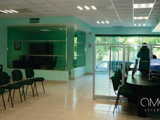 [  CAJA POPULAR MEXICANA COLIMA ]: Edificios de Oficinas de estilo  por AMAESTUDIO ARQUITECTURA