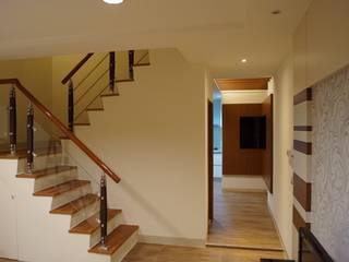 老屋修繕 利佳室內裝修設計有限公司 樓梯
