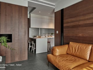客廳 / Living room SECONDstudio Modern living room Solid Wood Wood effect