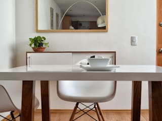 Estudio Raya Minimalist dining room Solid Wood White