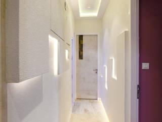 Modern Corridor, Hallway and Staircase by aasha interiors Modern