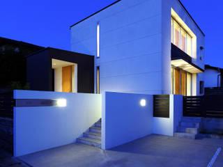 小郡の住宅 の MAアーキテクト一級建築士事務所 モダン