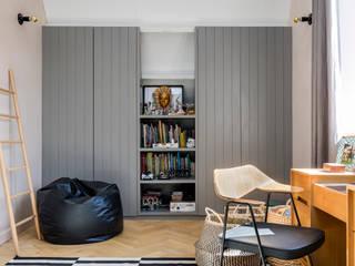 East Dulwich Industrial Conversion Industriale Schlafzimmer von Imperfect Interiors Industrial