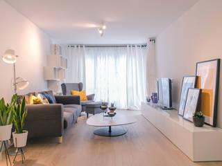 Living room by Estudio diseño Absoluto