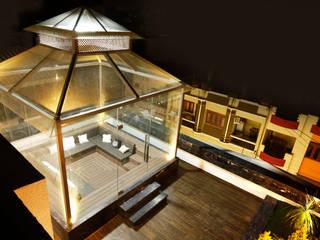 Mr Anil nahata's bungalow Modern balcony, veranda & terrace by Innerspace Modern