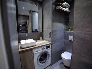 Réaménagement complet d'un appartement parisien Salle de bain coloniale par Clo - Architecture & Design Colonial