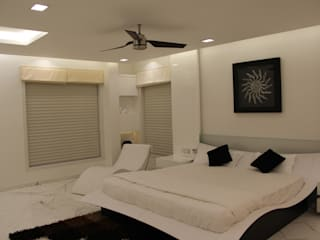 Chugh Villa Modern style bedroom by Innerspace Modern