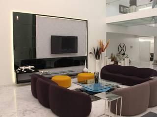 Innerspace Livings de estilo moderno