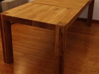 stół dębowy rozkładany.: styl , w kategorii  zaprojektowany przez NaLata - Meble Drewniane, Ariel Młotkowski