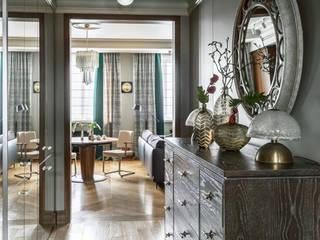 Irina Tatarnikova Corridor, hallway & stairsLighting Copper/Bronze/Brass Beige