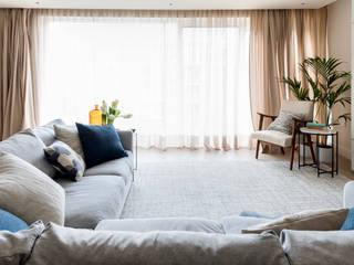 Chelsea Creek Apartment Moderne Wohnzimmer von Imperfect Interiors Modern