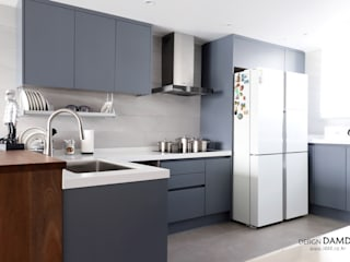 Moderne Küchen von 디자인담다 Modern