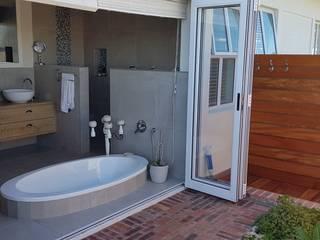 식민지스타일 욕실 by JFS Interiors 콜로니얼 (Colonial)