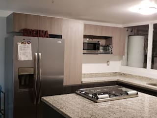 Cocina de A + R arquitectos Moderno