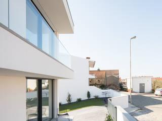 Häuser von Raulino Silva Arquitecto Unip. Lda, Minimalistisch