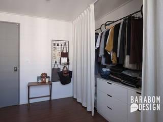용인 수지구 동천동 수진마을 26평 인테리어: 바라봄디자인의  드레스 룸