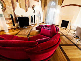 Soggiorno: Soggiorno in stile  di Studio Merlini Architectural Concept