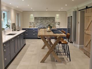 Chiselhurst Kitchen Diner Cocinas de estilo clásico de Place Design Kitchens and Interiors Clásico