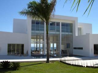 CASA CHINA BLANCA: Casas unifamiliares de estilo  por DE PIEDRA EN PIEDRA