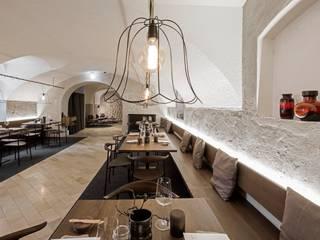Rossbarth destilat Design Studio GmbH Moderne Gastronomie