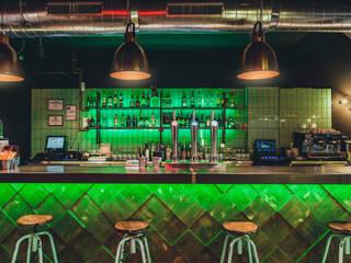 MALABARES cafe & copas Bares y clubs de estilo industrial de DESVAN VINTAGE Industrial