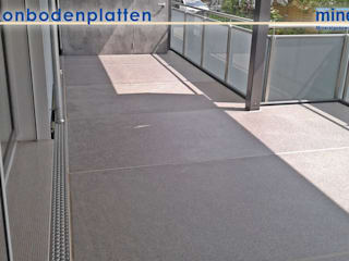 Balcones y terrazas de estilo moderno de Mineralit - Mineralgusswerk Laage GmbH Moderno