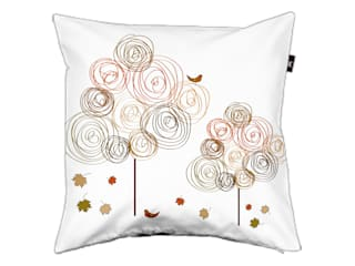Pillow cover Circle trees autumn: modern  door ilsephilips, Modern