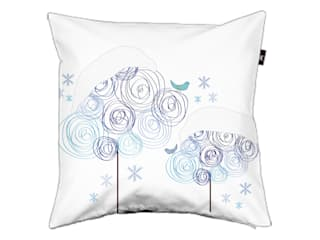 Pillow cover Circle trees winter: modern  door ilsephilips, Modern
