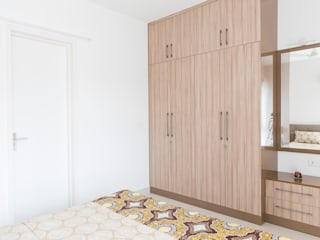Durga Petals 301:  Dressing room by Designasm Studio