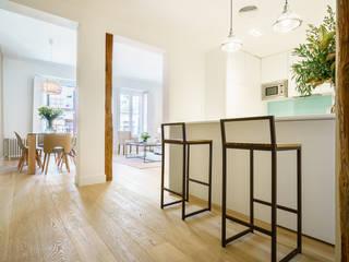 Built-in kitchens by YNOT STUDIO by Jaime de Pablo-Romero