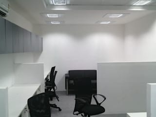 M.Tech Mobiles Modern office buildings by Designasm Studio Modern