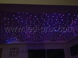Créer un ciel étoilé en fibre optique lumineuse Salon moderne par LED-PRIX.fr Moderne
