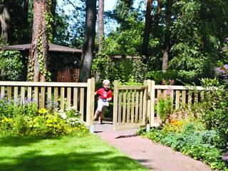 Cancelletto per steccato Windsor in legno 100 x 90 h. cm: Giardino in stile  di ONLYWOOD