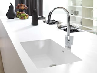 KRION® Porcelanosa Solid Surface의 현대 , 모던